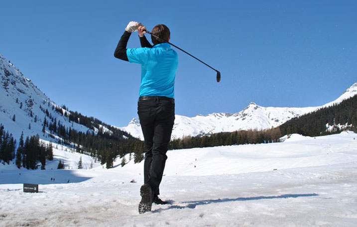 Golf Tips: Making the Cold Weather Adjustment